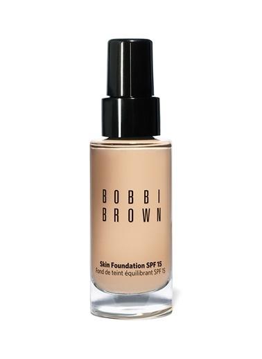 Bobbi Brown Bobbi Brown Skin Foundation Spf 15 Porcelain 30 ml Fondöten Renkli